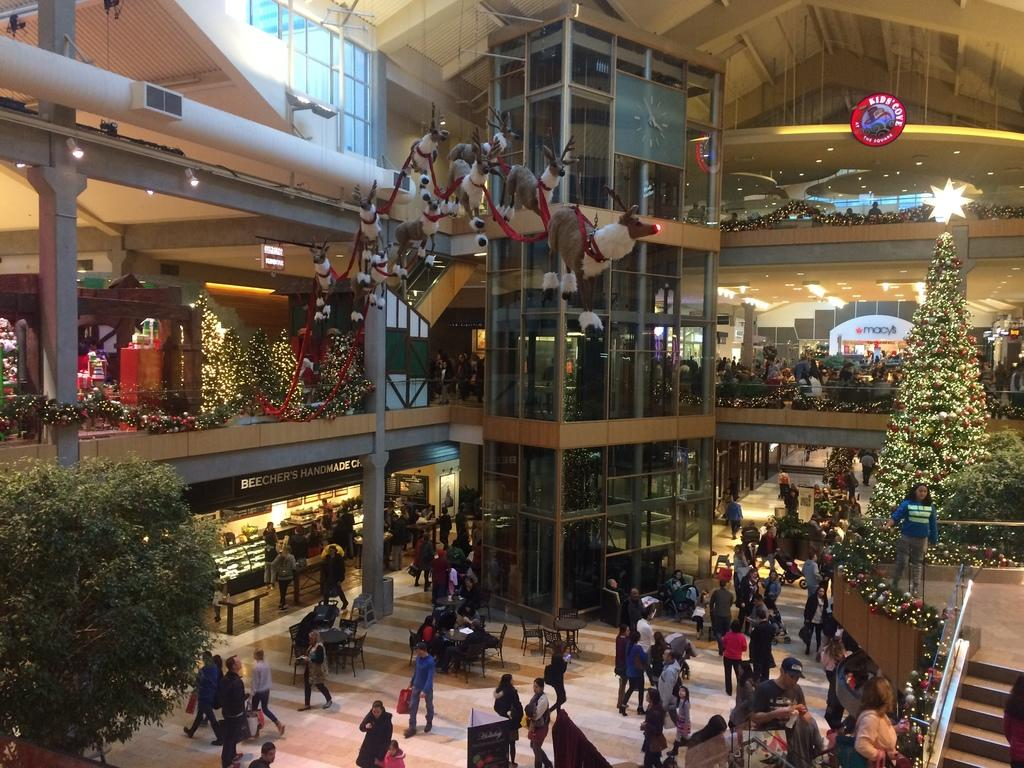 Bellevue Square Mall >> Bellevue Washington Usa Bellevue Square Mall
